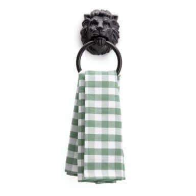 lions-head-towel-holder-01
