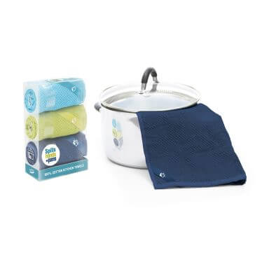 spills-pans-hands-kitchen-tea-towels-01
