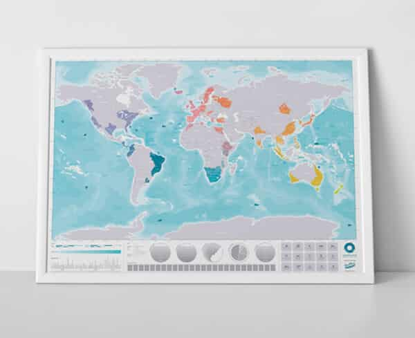 scratch map deluxe world map poster. Black Bedroom Furniture Sets. Home Design Ideas