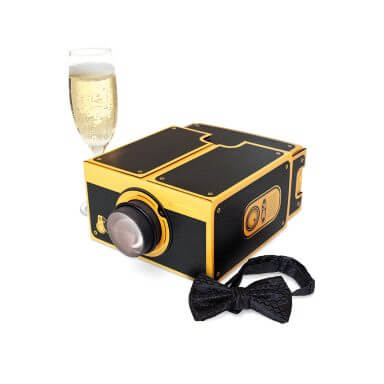home-cinema-smartphone-projector-black-gold
