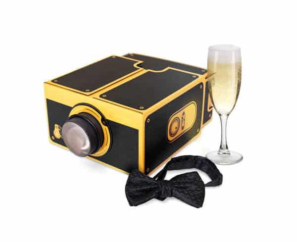 Smartphone Projector 2.0 Black & Gold by Luckies