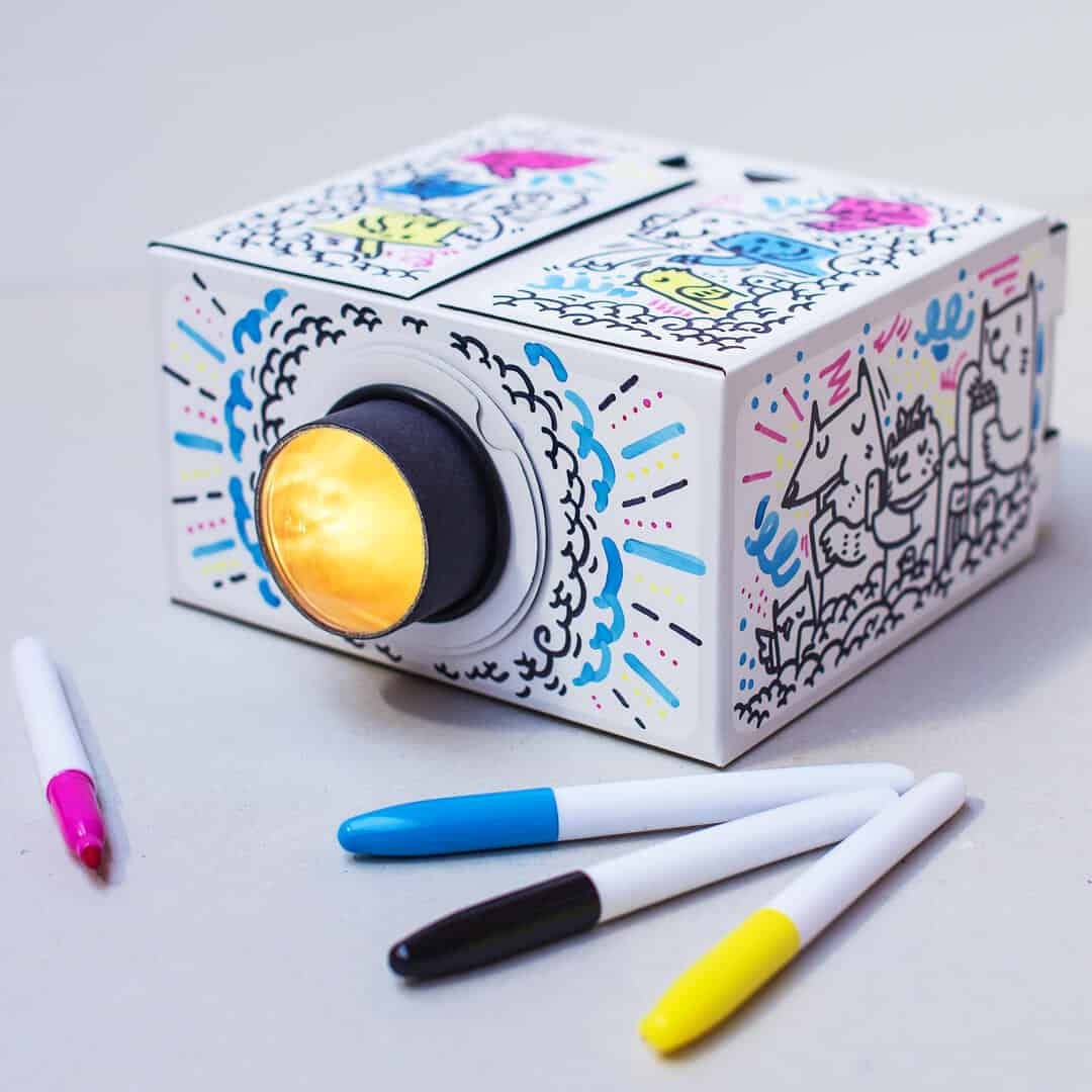 tech-gifts-smartphone-projector-diy-